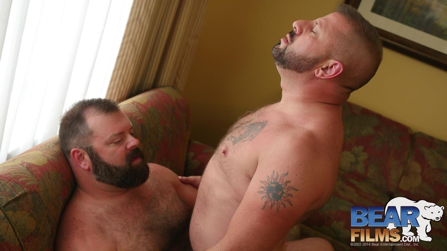 Amateur daddy bear hide and go fuck 8