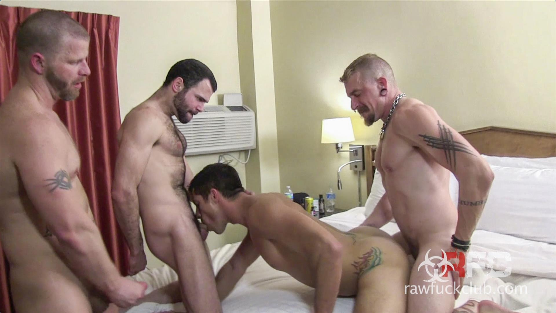 Raw-Fuck-Club-Dylan-Saunders-and-Dusty-Williams-and-Jeff-Kendall-and-Jeremy-Stevens-BBBH-Amateur-Gay-Porn-07 Big Cock Amateur Hotel Bareback Sex Party