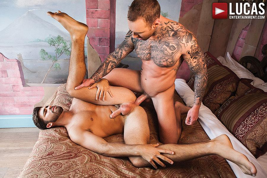 Lucas-Entertainment-Jonah-Fontana-and-Dylan-James-Thick-Cock-Bareback-Sex-Amateur-Gay-Porn-04 Jonah Fontana Gets His Juicy Ass Barebacked by Dylan James