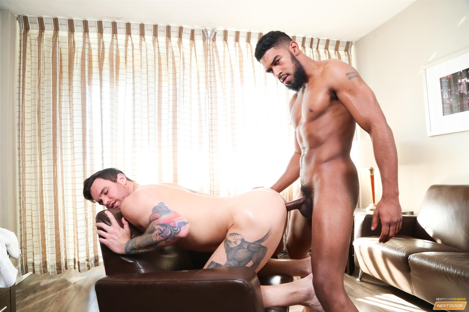 Next-Door-Ebony-XL-and-Beau-Reed-Interracial-bareback-fucking-big-black-cock-12 Bareback Flip Fucking With A Big Black Cock And A Hot White Ass